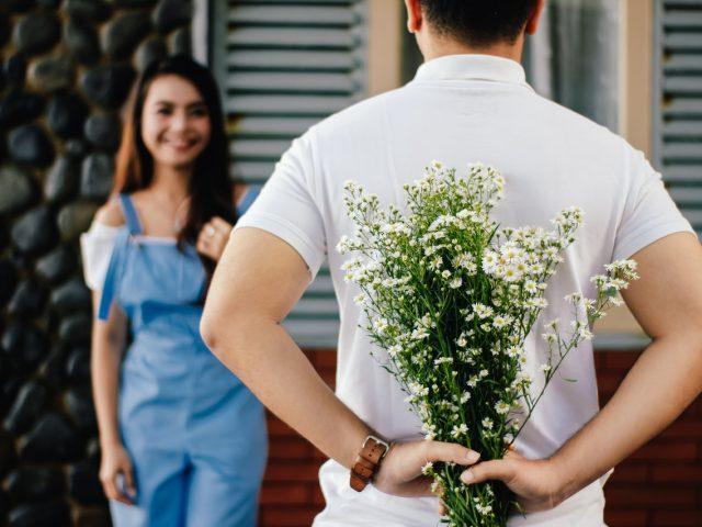 ในโอกาสแต่ละ โอกาสควรใช้ดอกไม้อะไรแทนคำพูด